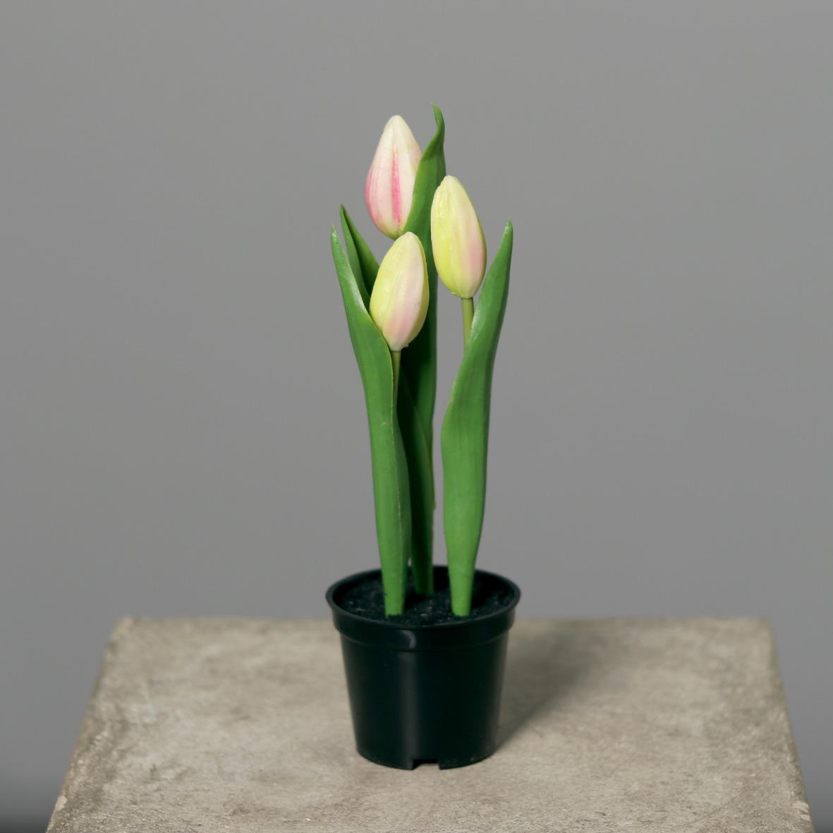 tulpen real touch 20cm rosa im topf dp kunstpflanzen k nstliche pflanzen tulpentopf fr hling. Black Bedroom Furniture Sets. Home Design Ideas