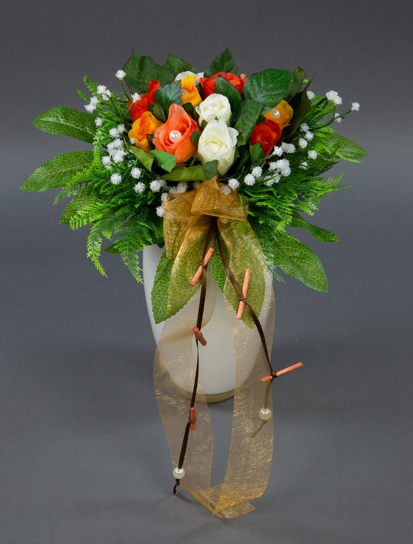 Brautstrauss Mit 12 Rosen In Weiss Orange Rotorange Ad Kunstblumen